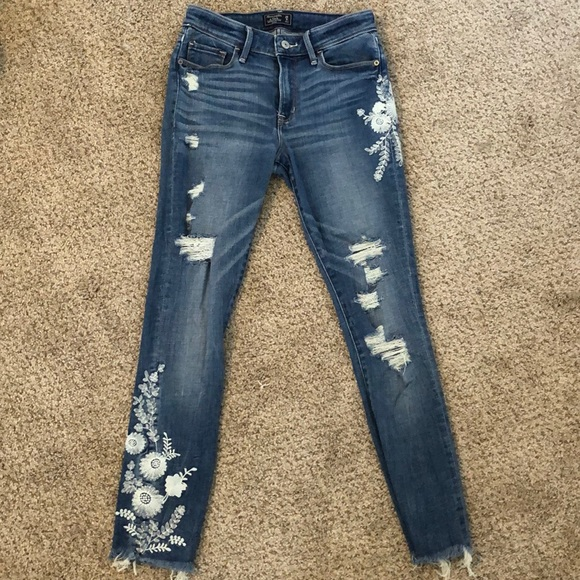 Abercrombie & Fitch Denim - Abercrombie Harper Low Rise Ankle Jeans